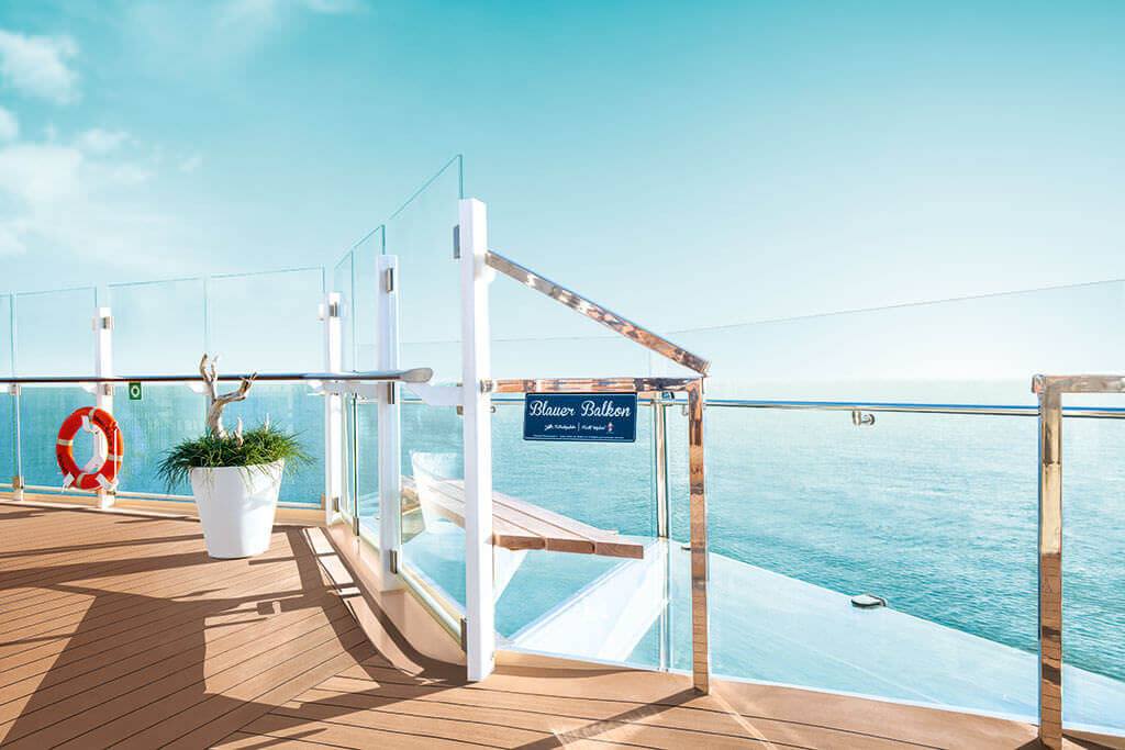 Blaufer-Balkon-TUI-Cruises