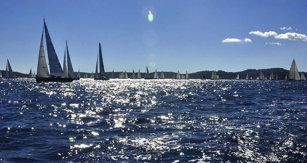 sailing-1123260